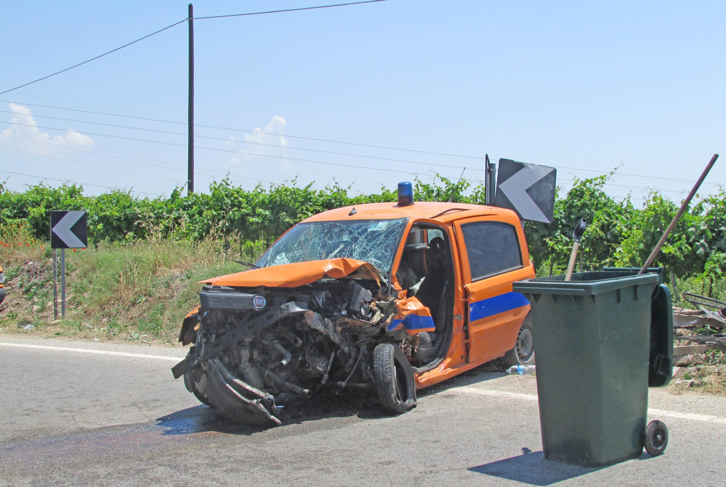 Tragico incidente in via Salemi. Muore un operaio dell'Anas