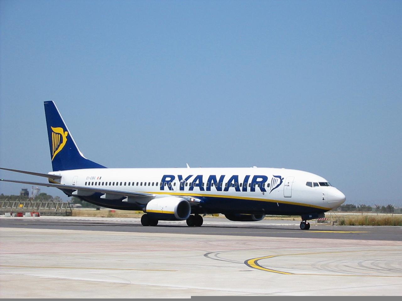Ryanair sospende i voli da Comiso: stop a causa della pandemia