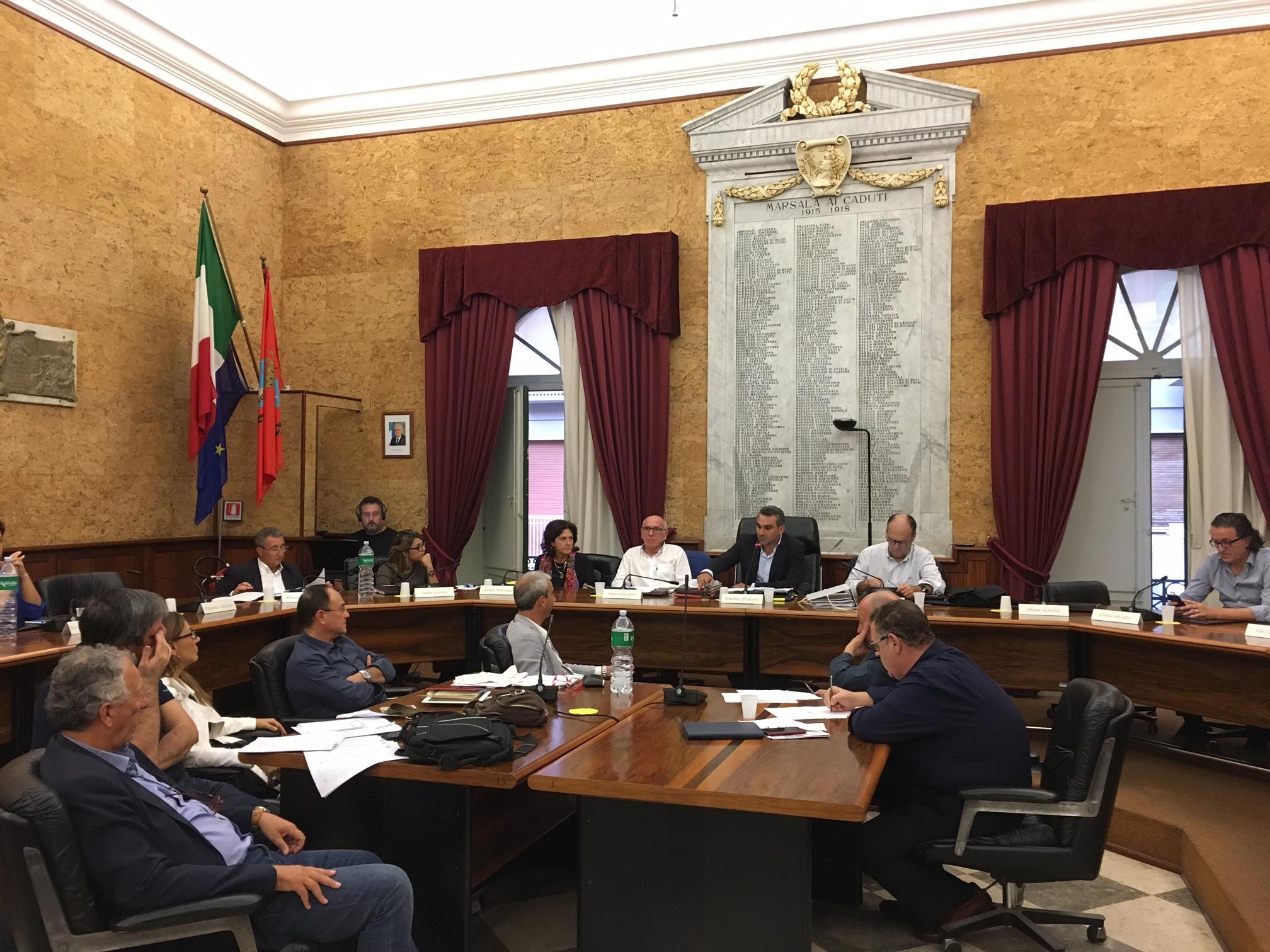 Consiglio comunale: manca ancora il numero legale e salta la sessione. Il 28 si torna in aula