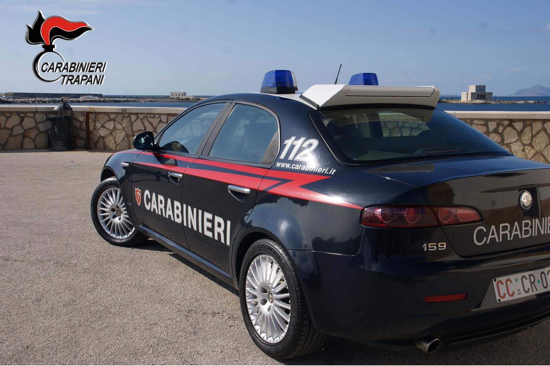 Petrosino: fermato 26enne ubriaco in un furgone rubato, si è scagliato contro i Carabinieri