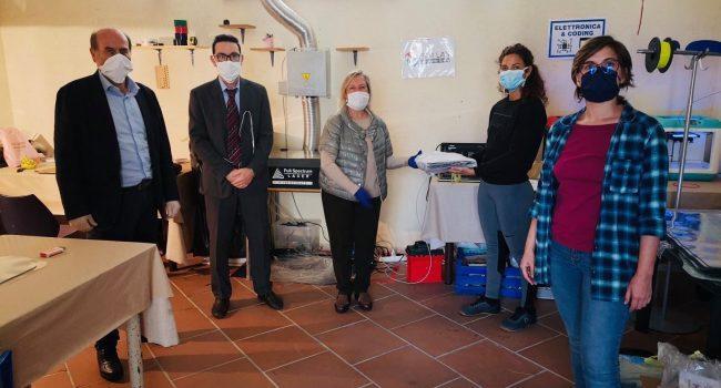 FabLab Marsala dona visiere al Centro raccolta alimenti