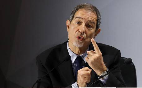 """Musumeci: """"Bene Draghi su priorità vaccini"""""""