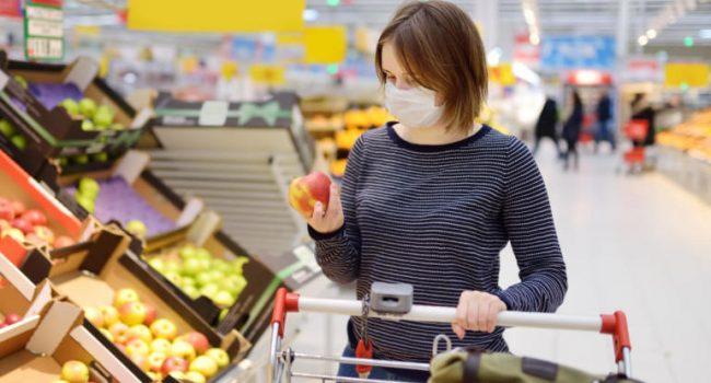Igiene, 5 cose che dovresti evitare di toccare quando fai la spesa