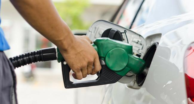 Guasto in un rifornimento a Marsala: ustionato il benzinaio