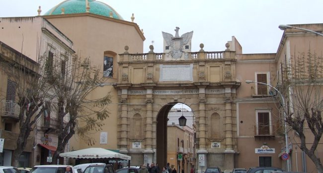 Risse nel centro storico: arrestate quattro persone a Marsala
